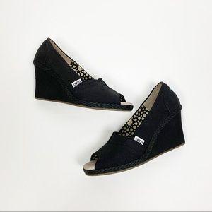 TOMS Wedge Black Sandal Heels Shoes